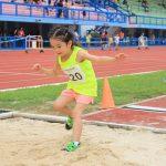 小学生、中学年の体育、「幅跳び運動」なら「ジャンプシート」がおすすめ!そのルールや方法を紹介します!