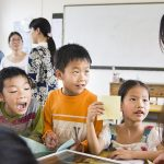 小学生、これだけは守りたい教師のルールとその根拠とは?「シール」「時間」「言葉遣い」編